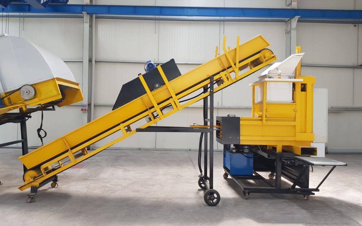Hr 4500 Kompost Blok Pres Paketleme Makinası